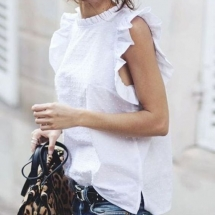 Cool WHite top